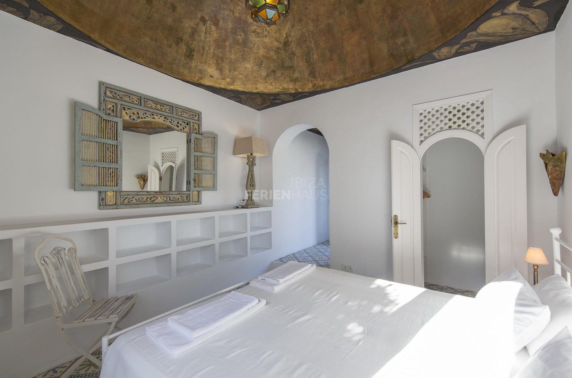 Pool Suite Room Bedroom 6