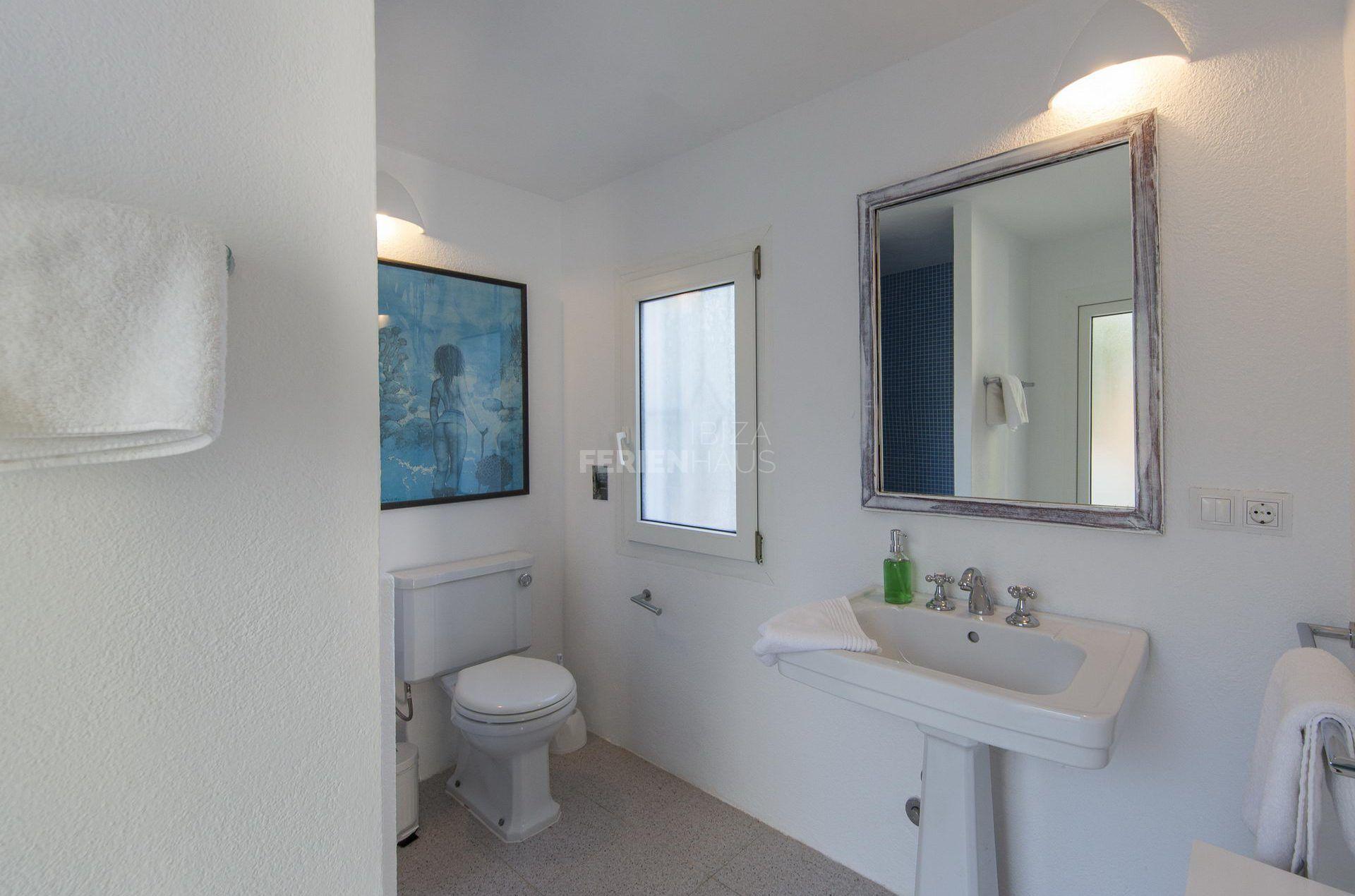 Annex Room Bedroom 8 bath