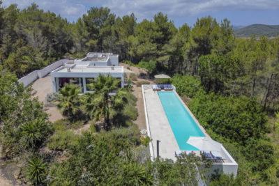 Can Secorrat- Stunning villa near Ibiza with a 20m pool